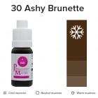 30 Ashy Brunete